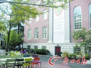 美国名校喜欢哪种中国学生?不要书呆子得有特长