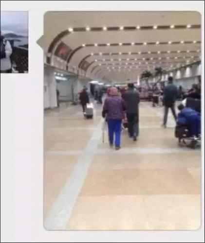 81岁老人被弃美国机场 曾卖房供外孙女留学