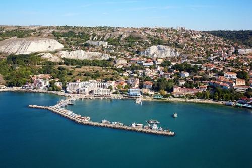 保加利亚巴尔奇克投资116万列弗发展旅游业